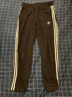 🚚 Adidas OG 三線棉褲