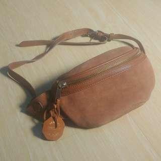 Forever 21 Belt Bag Waist Bag New never used Cewek Tas Kulit Leather