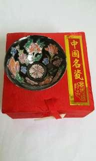 Vintage Chinese Mini Cloisonne Bowl ( Imitation Qianlong ) 中国名瓷景德镇珍品 (仿乾隆年制)