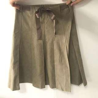 Skirt with ribbon
