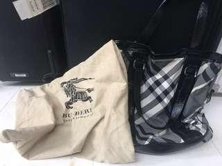 authentic 2nd burberry tote bag