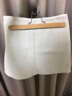 🚚 轉售nude店內款羊毛灰白色短裙m