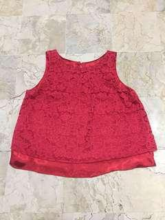 Red broukat top