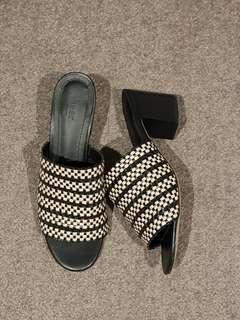 Seed heritage mules slides heels - size 38 / AUS 7