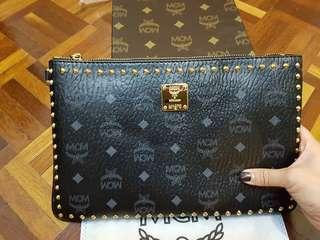 MCM CLUTCH BAG