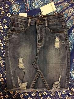 Bnwt Denim mini skirt size 34/XS