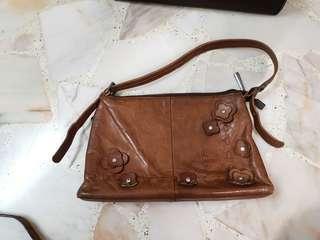 Vintage Full brown leather handbag