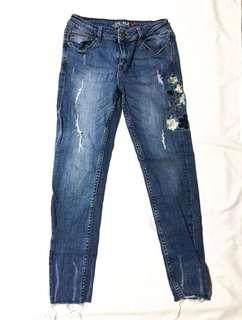 Denim Pants w/ Floral Embroidery