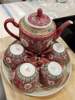 Red Jingdezhen Tea Set