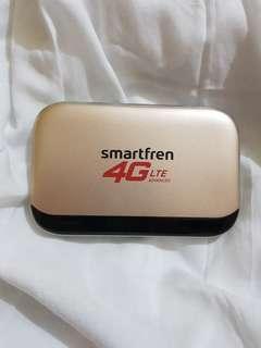 Smartfren 4G LTE Advanced Andromax Modem Wifi M5 + Power Bank