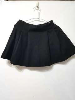 🚚 [售/換] 毛料黑圓短裙