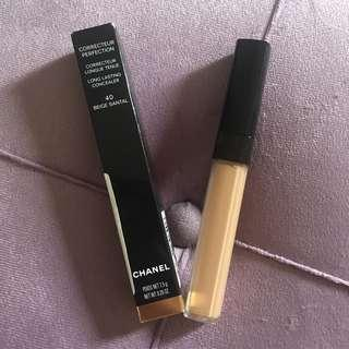 Chanel Correcteur Perfection Long Lasting Concealer in 40 Santal Beige