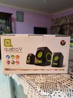 Quatro V Speakers