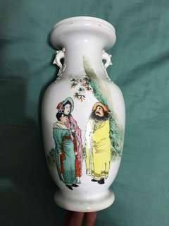 民国 粉彩人物瓶