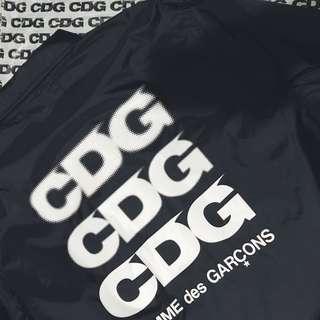 CDG 教練外套