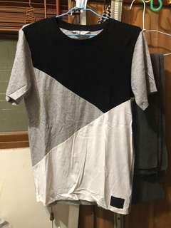 🚚 H&M短袖T恤