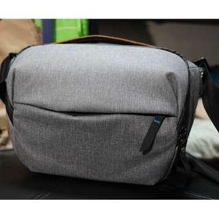 Peak Design Everyday Sling 5L (98% new)