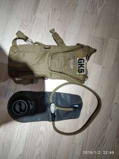 Camelbak背包+水袋