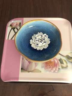 Made in Italy Melamina (Pink Water Lily) with Porcelain white Lily in pond incense holder