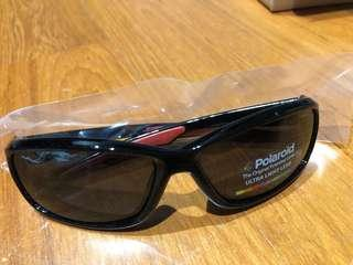 Polaroid Sunglasses Boys' P0425s Polarized Rectangular Sunglasses, Shiny Black, 55 mm