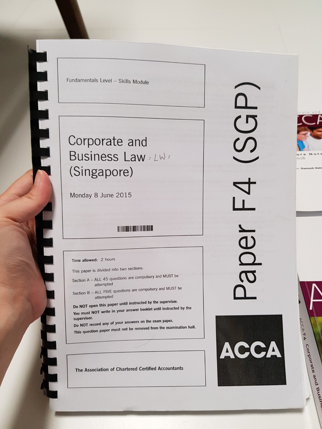 ACCA F4 LW SG Law Past Year Papers with Answers, Books