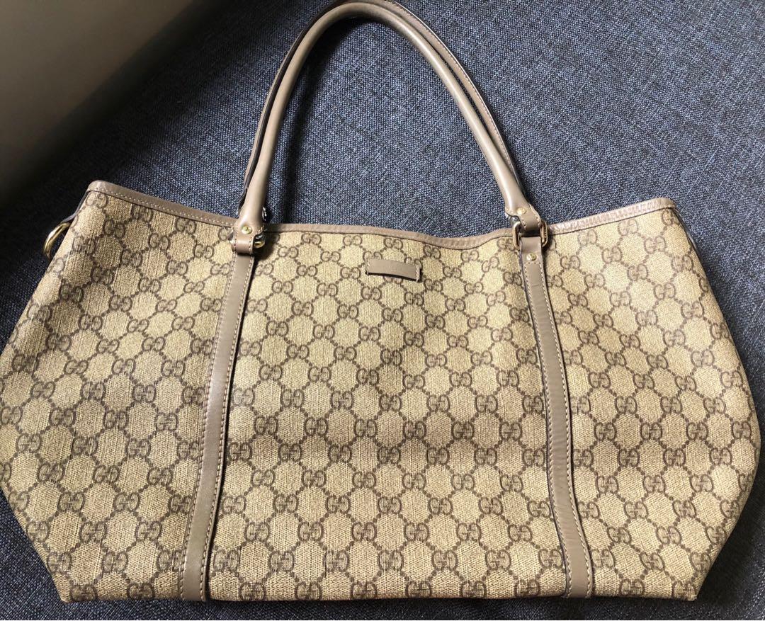 7d9935d9c9c Aunthentic slightly used Gucci shoulder bag