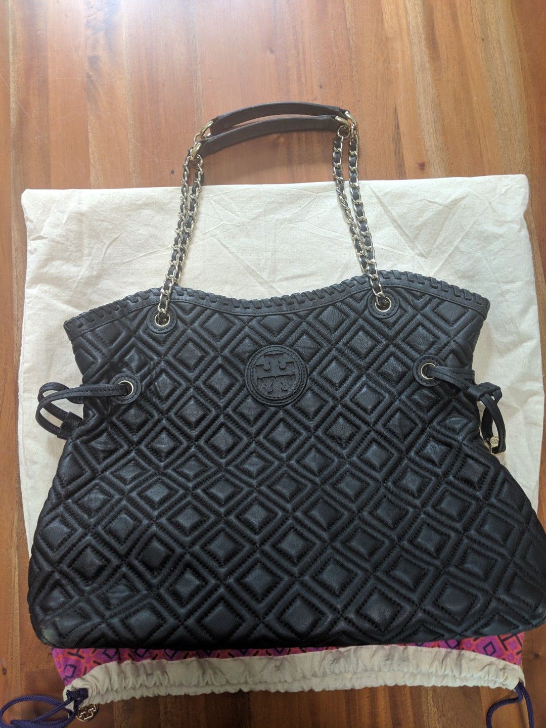 f141a586c90 Authentic Tory Burch Marion tote