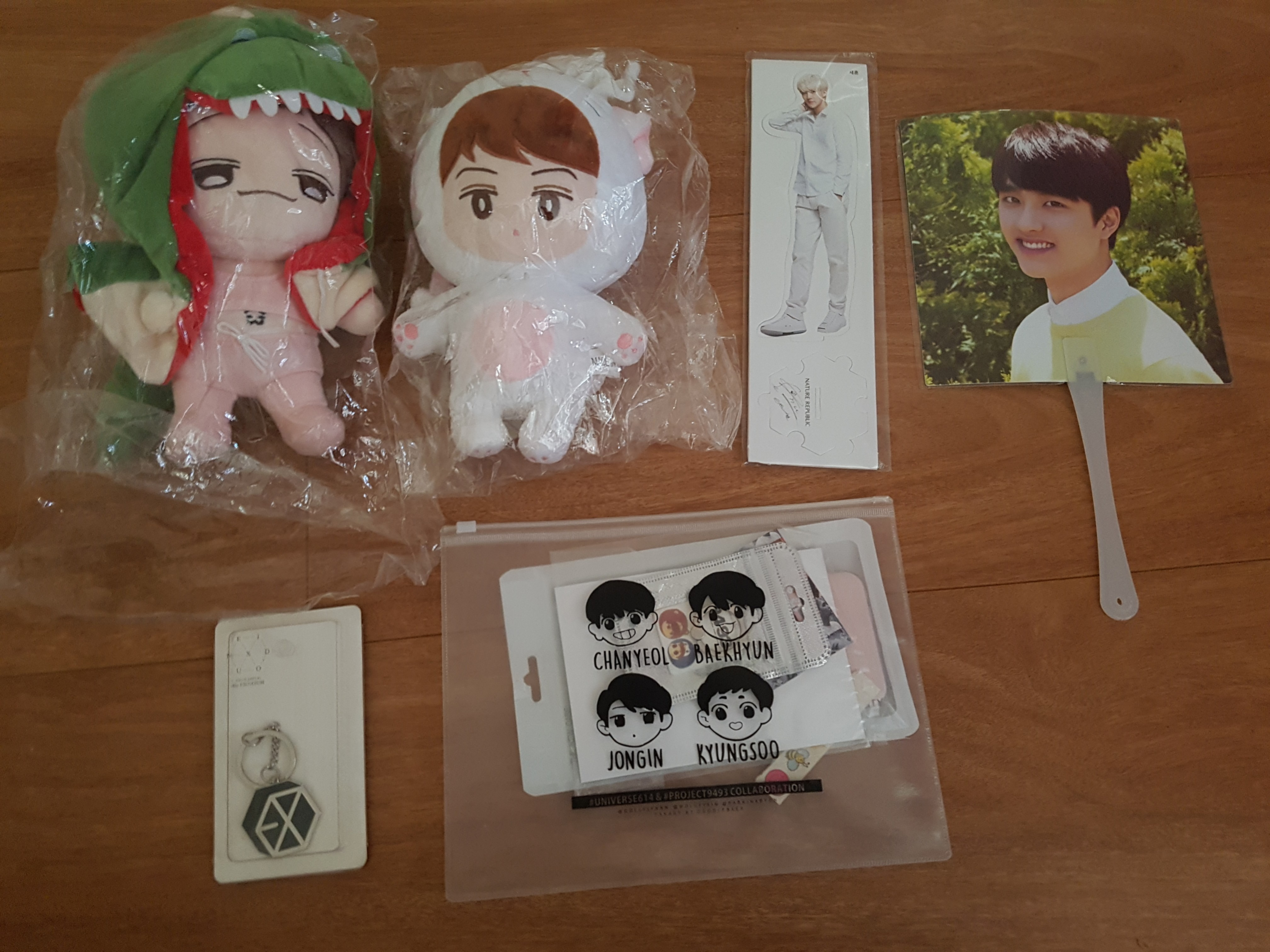 EXO Fansite and nature republic items