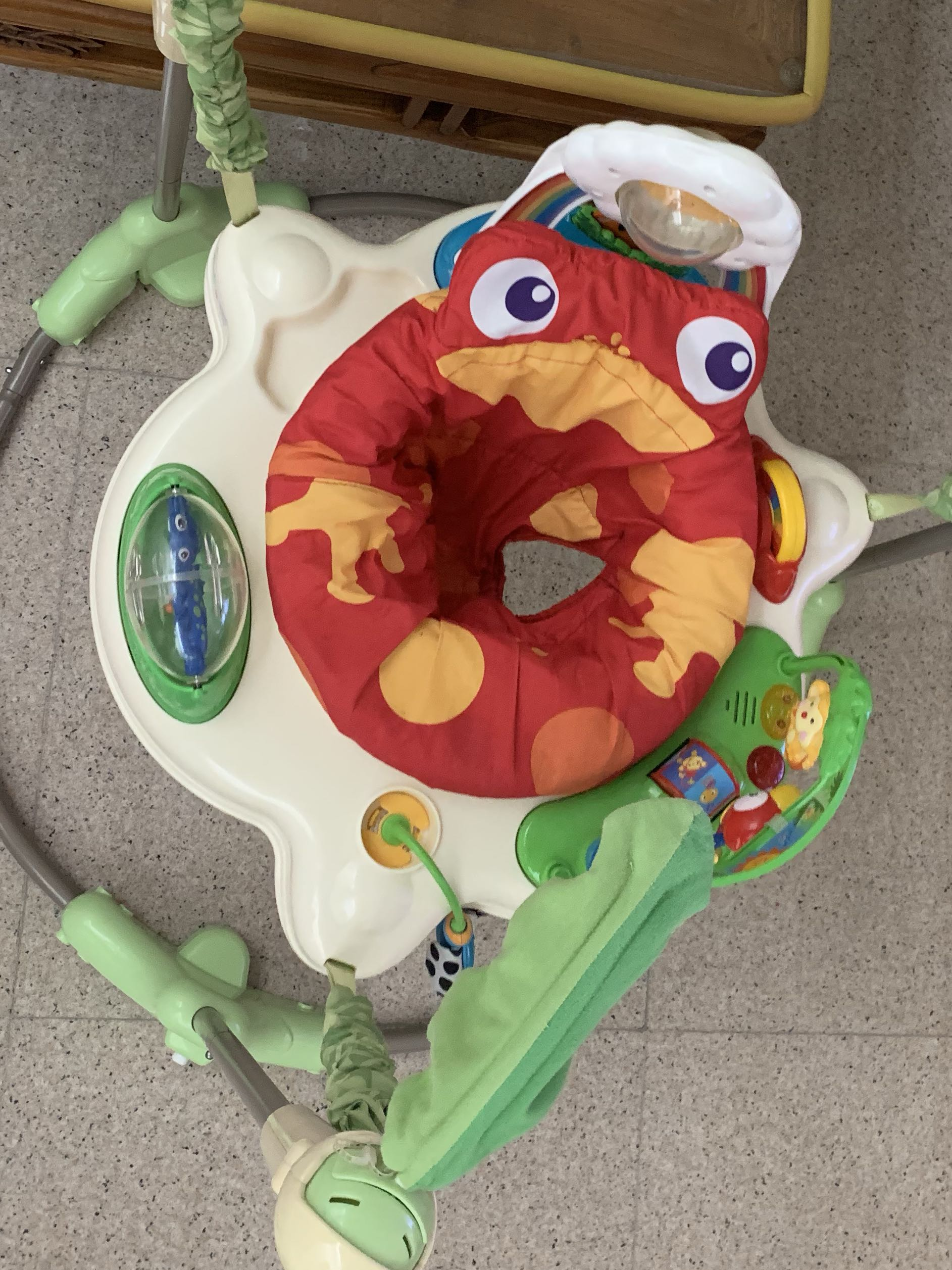 5fdd11dc3a2a Fisher Price Rainforest Jumperoo