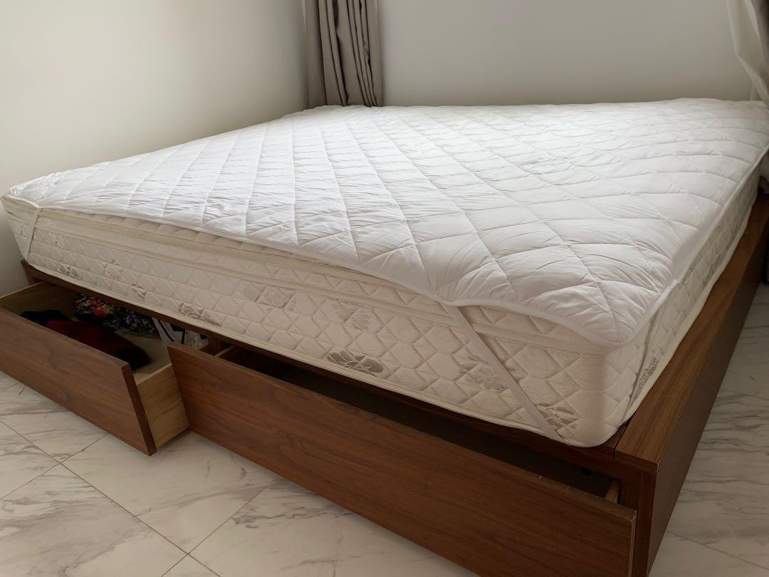 Picture of: Muji Walnut Solid Wood Storage Bed Queen Size Furniture Beds Mattresses On Carousell
