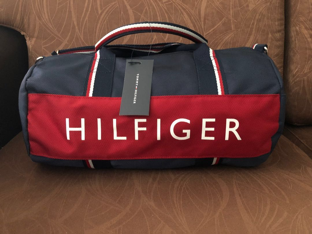 08dee020 Tommy Hilfiger Duffle Bag Authentic, Luxury, Bags & Wallets, Sling ...