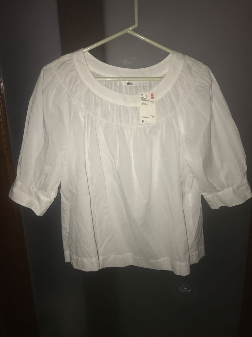 428c2a7ff22ba Uniqlo Soft Cotton Gathered 3 4 Sleeve Blouse
