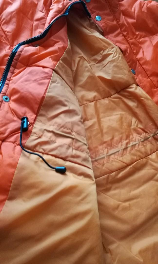 Wind breaker (unisex) - Orange color Size L