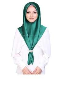 Bawal Satin Silk Bidang 45 Emerald Green