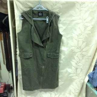 二手軍綠背心式長版風衣大衣外套#半價衣服拍賣會