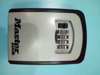 🚚 密碼鎖盒Master lock key safe
