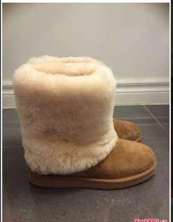 Mint condition authentic UGGS size 7