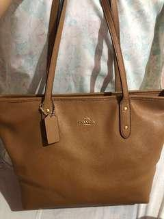 Coach Light Saddle Tote Bag