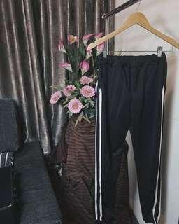 Long pant fashion is always