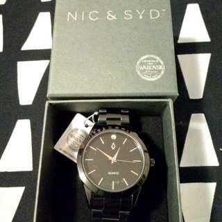 Brand New Nic & Syd Watch