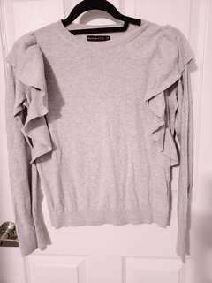 Abercrombie Fitch Ruffle Shoulder Sweater XS