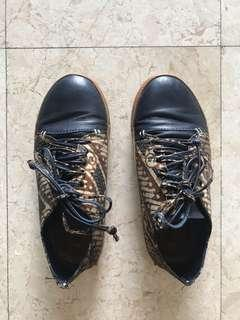 Batik Sneakers Blue Shoes