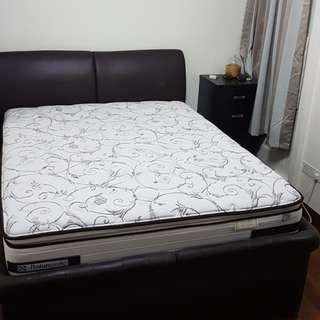 Master bedroom for rent @ 632A Punggol Drive