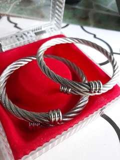 Stainless cable wire bangle (couple's Bangle)