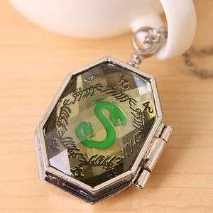 Harry Potter Lord Voldemort Horcrux Slytherin Locket Pendant Necklace Photo Box Snake Horcruxes Marvolo Gaunt