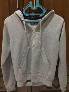 Femmedloops soft grey jumper