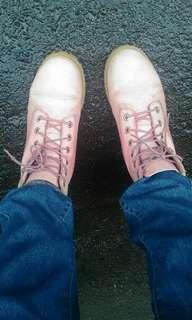 Timberland 粉紅6吋靴#原價近5k