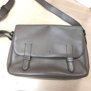 68c07d869f braun buffel bag authentic