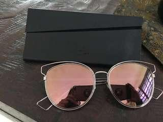 authentic 2nd christian dior sunglasses