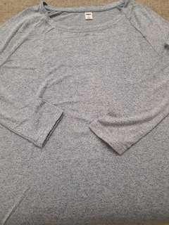 Sweater old navy atasan warna biru muda bahan adem lembut